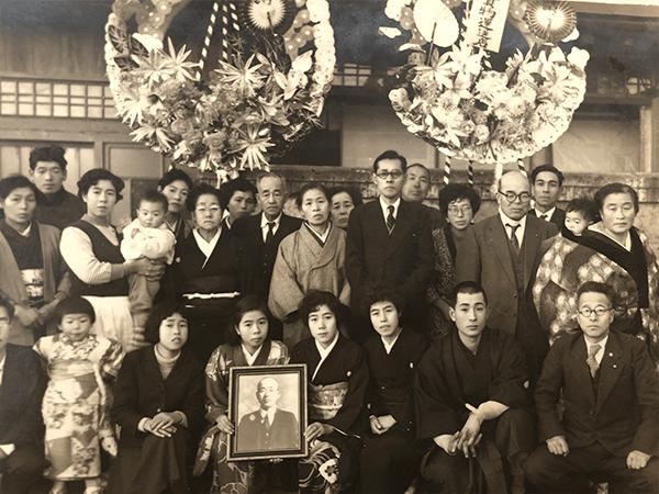 初代隆三の葬儀